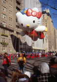 NEW YORK-NOV 24: A holiday tradition since 1924, the annual Macy's Thanksgiving Day Parade is seen by more than 3.5 million people. Pictured here in 2011 is Super Cute Hello Kitty. — Stock Photo