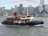 Hong Kong Harbor & boat — Stock Photo