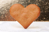 Heart-shaped gingerbread — Stock Photo