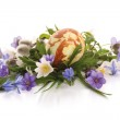 Painted easter egg and spring flowers — Stock Photo #21931357