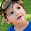 Kid with yellow goggles — Stock Photo