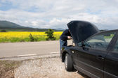 Breakdown on the road — Stock Photo