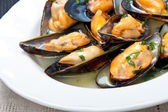 Mussels with white wine and parsley sauce — Foto Stock