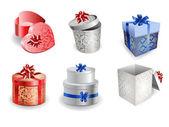 Sistema de cajas de regalo colorido con arcos y cintas. — Vector de stock