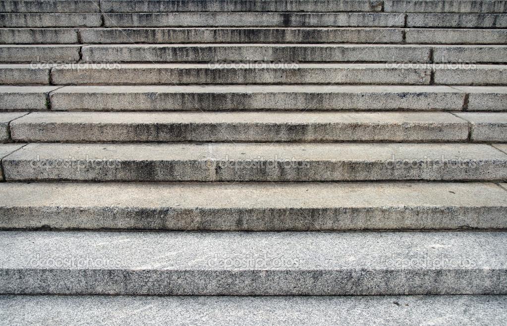 Escalones de piedra grandes foto de stock 21771113 - Escalones de piedra ...