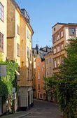 Antiga rua no centro de estocolmo — Foto Stock