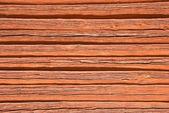 伝統的なスウェーデンの赤い色で描かれた木製の壁 — ストック写真