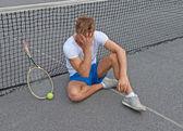 потерял игра. разочарованы теннисистка. — Стоковое фото