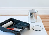 Painting tools and can of paint — Stock Photo