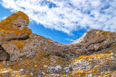 Colorful rocks on under blue sky — Stock Photo