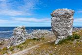 Formaciones rocosas de la costa de gotland, suecia — Foto de Stock