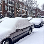 Cars covered by snow after the snowstorm — Stock Photo