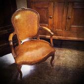винтаж кожаный стул — Стоковое фото