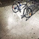 Bicycles under the rain — ストック写真