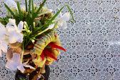 Vases adorned with native vegetation — Stockfoto