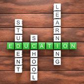 Edukacja krzyżówka tabeli — Zdjęcie stockowe