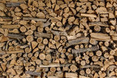 куча дерева вырезать для камина — Стоковое фото