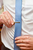 A man wears a tie — Stock Photo