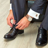 Man and shoes — Stock Photo