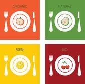 Letní sada organických a čerstvé ovoce na desky — Stock vektor