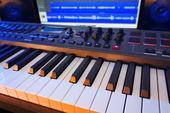 Keyboard in Home Music Studio — Stock Photo