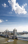 Tower Bridge and boat — Stock Photo