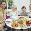 Parents Children Family Healthy Eating Salad Table — Stock Photo #21643543