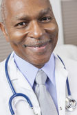 Senior African American Male Doctor With Stethoscope — Photo