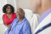 Senior African American Man Patient in Hospital Bed — Foto de Stock