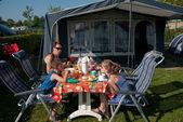 Camping ontbijt — Stockfoto
