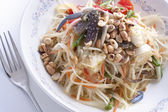 Som tam pu Thai green papaya salad — Stock Photo