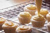 Making cupcakes — Stock Photo