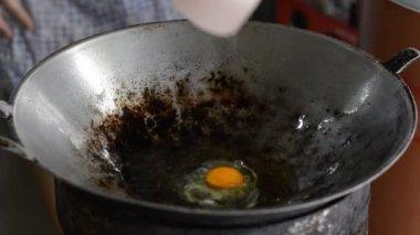 Scrambled eggs — Stock Video