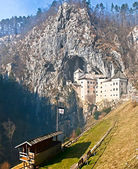Predjama Castle and area for the medieval jousting tournaments — Stock Photo