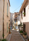 The hiden road to the Arles Amphitheatre — Stock Photo