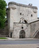 The entrance to the bridge — Stock Photo