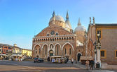 The old basilica — Foto de Stock