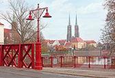 The red bridge — Stock Photo