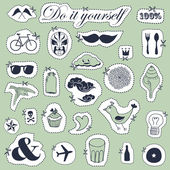 Vector set of hand drawn objects in vintage style — Stock Vector