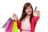 Que pagando con tarjeta de crédito para compras — Foto de Stock