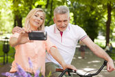 Mature couple taking selfie — Stock Photo