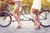 Girls ready to cycling — Stock Photo