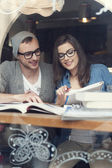 Hipster couple studying — Stock Photo