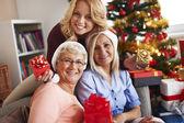 Momentos familiares en Navidad — Foto de Stock
