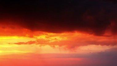 Thunderstorm at Orange Sunset — Stock Video