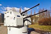 Soviet shipboard artillery mount 2M-3M. The Museum of the World ocean. Kaliningrad (until 1946 Koenigsberg), Russia — Stock Photo