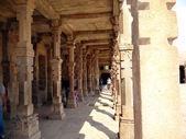 Pillar Structure in Qutab complex — Stock Photo
