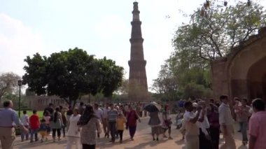 Qutub Minar — Stock Video
