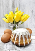 Babka - traditional easter yeast cake, popular in Eastern Europe — Stock Photo