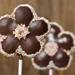 Chocolate cake pops in flower shape — Stock Photo #24130779